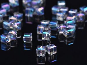 30pcs-6mm-Cube-Square-Faceted-Crystal-Glass-Charms-Loose-Beads-Blue-Colorized