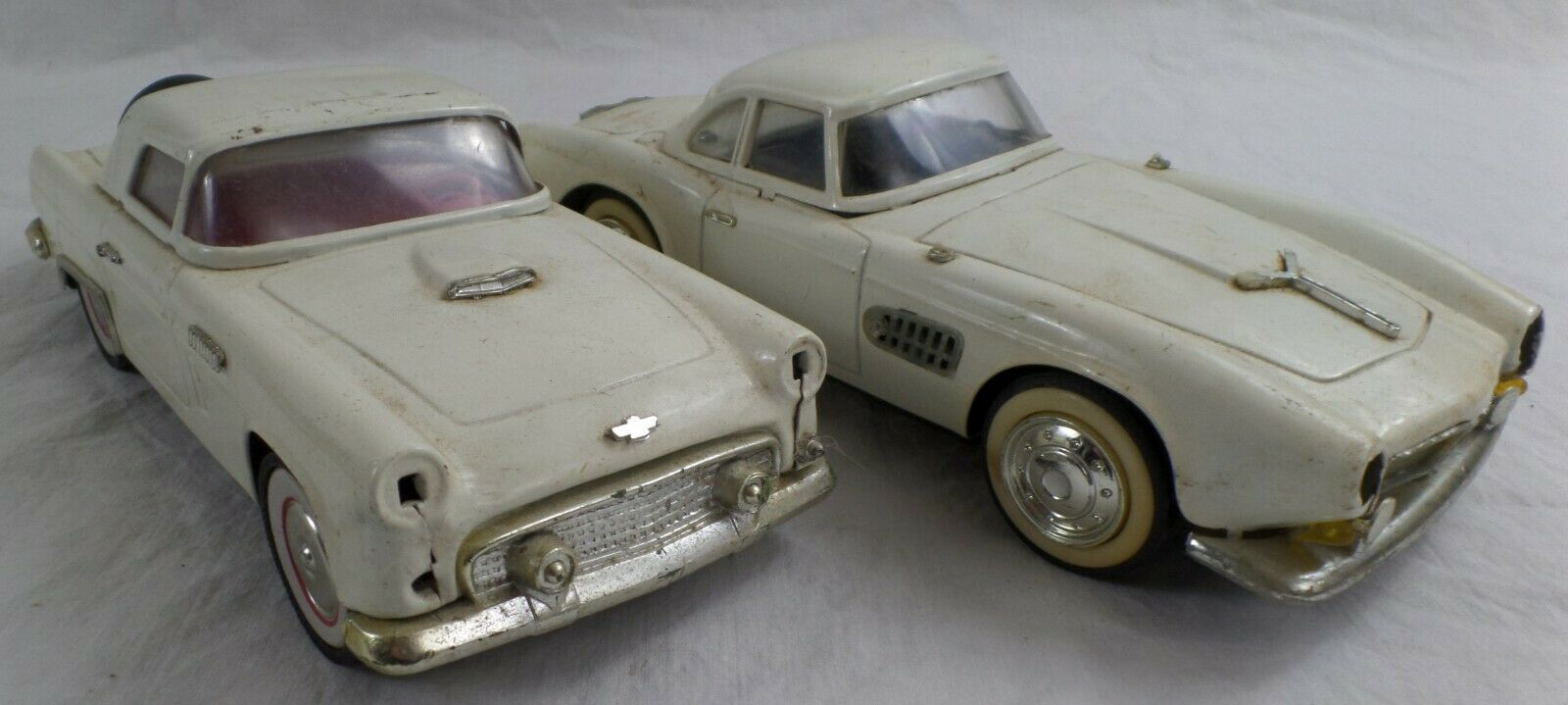 BMW 507 & Vintage Chevy, White Tin Friction Hardtop Model Cars, 1 18th Scale