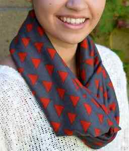 Pop-Art-Modern-Red-Orange-Triangles-on-Charcoal-Infinity-Scarf