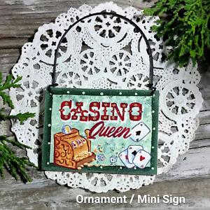 CASINO-QUEEN-Fun-Gift-Wood-Ornament-SLOT-MACHINE-JACKPOT-Slots-player-Vegas