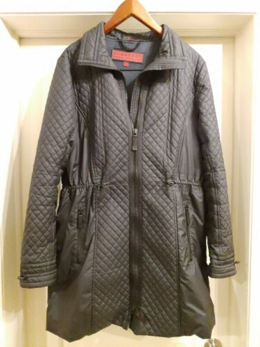 Women's Burberry Black Quilted Coat