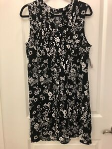 ea41c0d0e0 Image is loading Old-Navy-Womens-Black-Floral-Printed-Pintuck-Sleeveless-