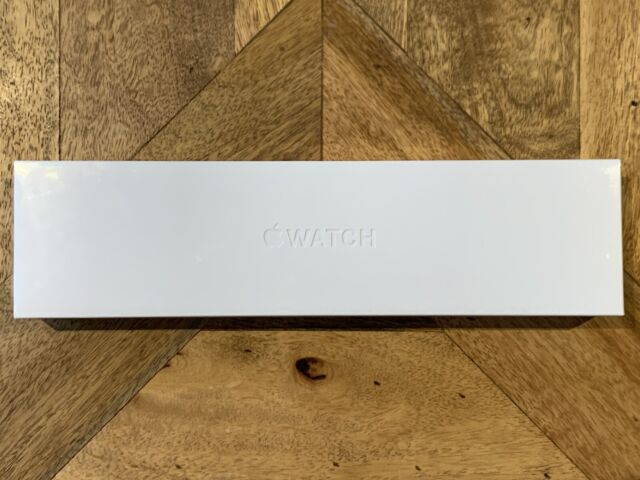 Apple Watch Series 6 44 mm Space Grey Aluminum Case with Black Sport Band (GPS)
