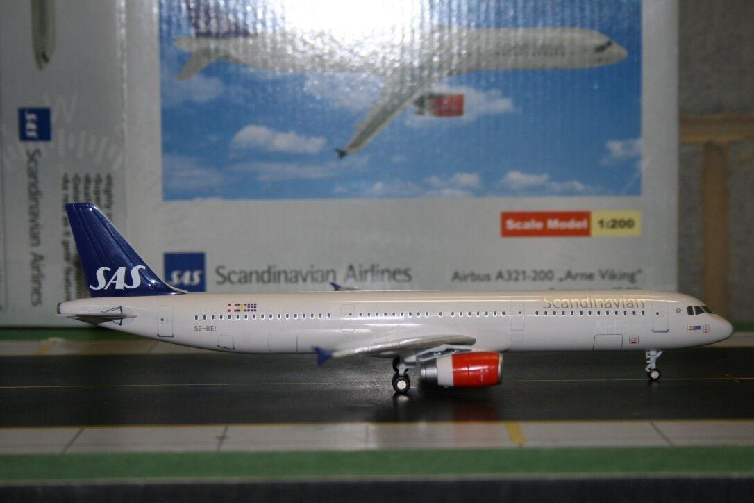 StarJets 1 200 SAS Scandinavian A321-200 SE-REI (DJSAS005) Die-Cast Model Plane