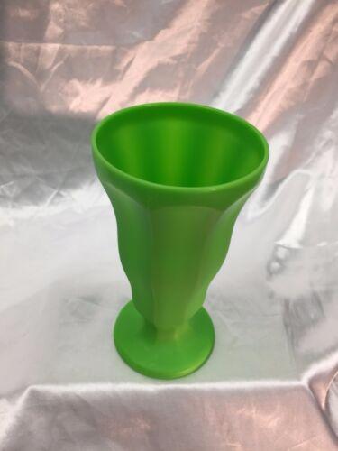 Ice Cream Sundae Soda Fountain Plastic Cups Glasses Summer Fun Pool Party Picnic