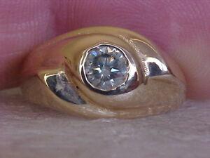 GENUINE-88ct-ROUND-DIAMOND-RING-SIZE-9-SI1-G-H-CLEAN-amp-BRIGHT-HEAVY-9-4gr
