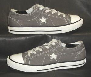 Converse One Star Junior's gray canvas