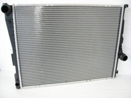Schaltung Kühler Wasserkühler BMW E46 3er 316 318 320 323 325 328 330 NEUTEIL