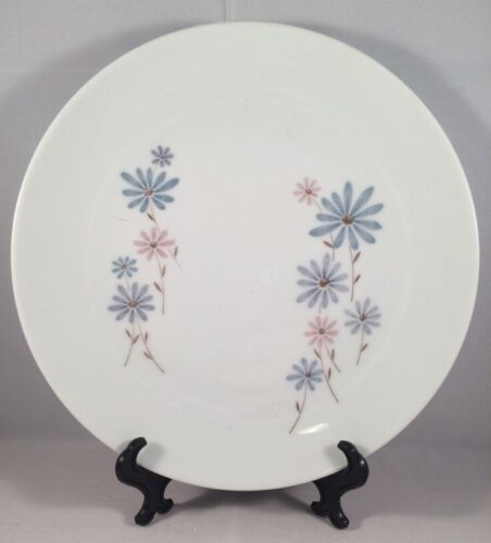 Noritake April Salad Plate Pastel Daisies Coupe Dinner Cook'n Serve Blue Pink