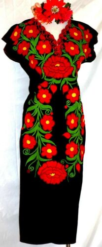 Mexican Black Maxi//Dress Huipil Red Floral Embroidery Tunic Oaxaca 5 de Mayo vtg