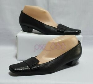 GUCCI Black Leather Heels Size 37 1/2 C