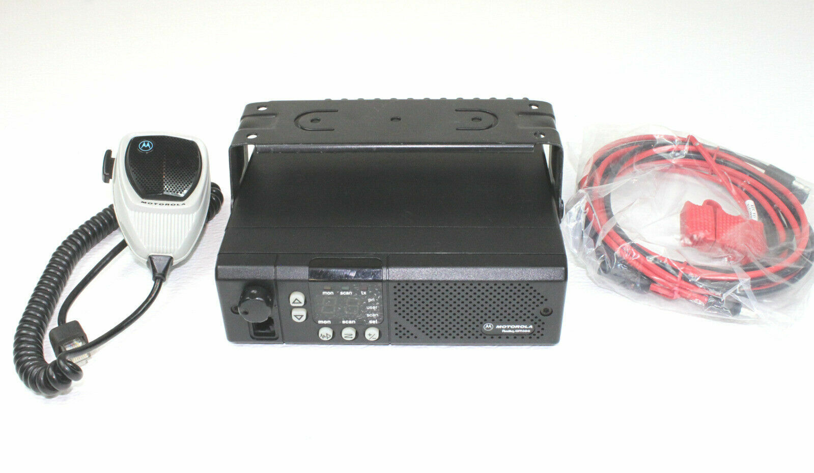 Motorola GM300 UHF 438-470 Mhz 16 Ch 25 Watts Mobile Radio COMPLETE. Available Now for 79.95
