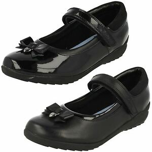 a656f8e65a7385 Clarks Girls Ting Fever INF Black Leather Or Patent School Shoes