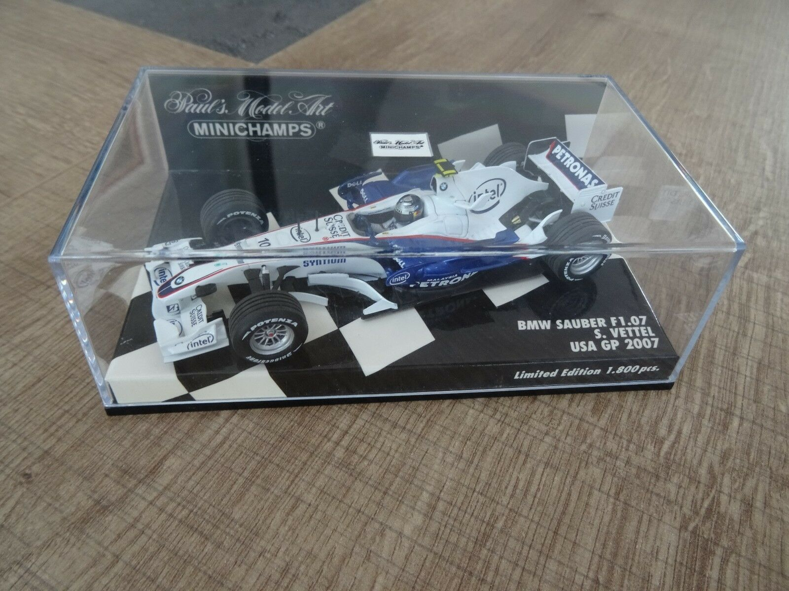 1 43 MINICHAMPS BMW SAUBER F1.07 S. VETTEL USA GP 2007 LIM. EDITION 1800 PCS