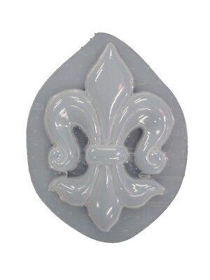 Stressed Look Fleur De Lis Plaque Plaster or Concrete Mold 7228 Moldcreations