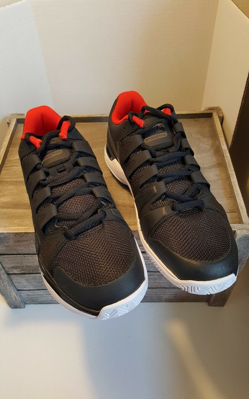 NIKE ZOOM VAPOR 9.5 TOUR Size 6 Black White Red 631458-007 Mens Tennis Shoes