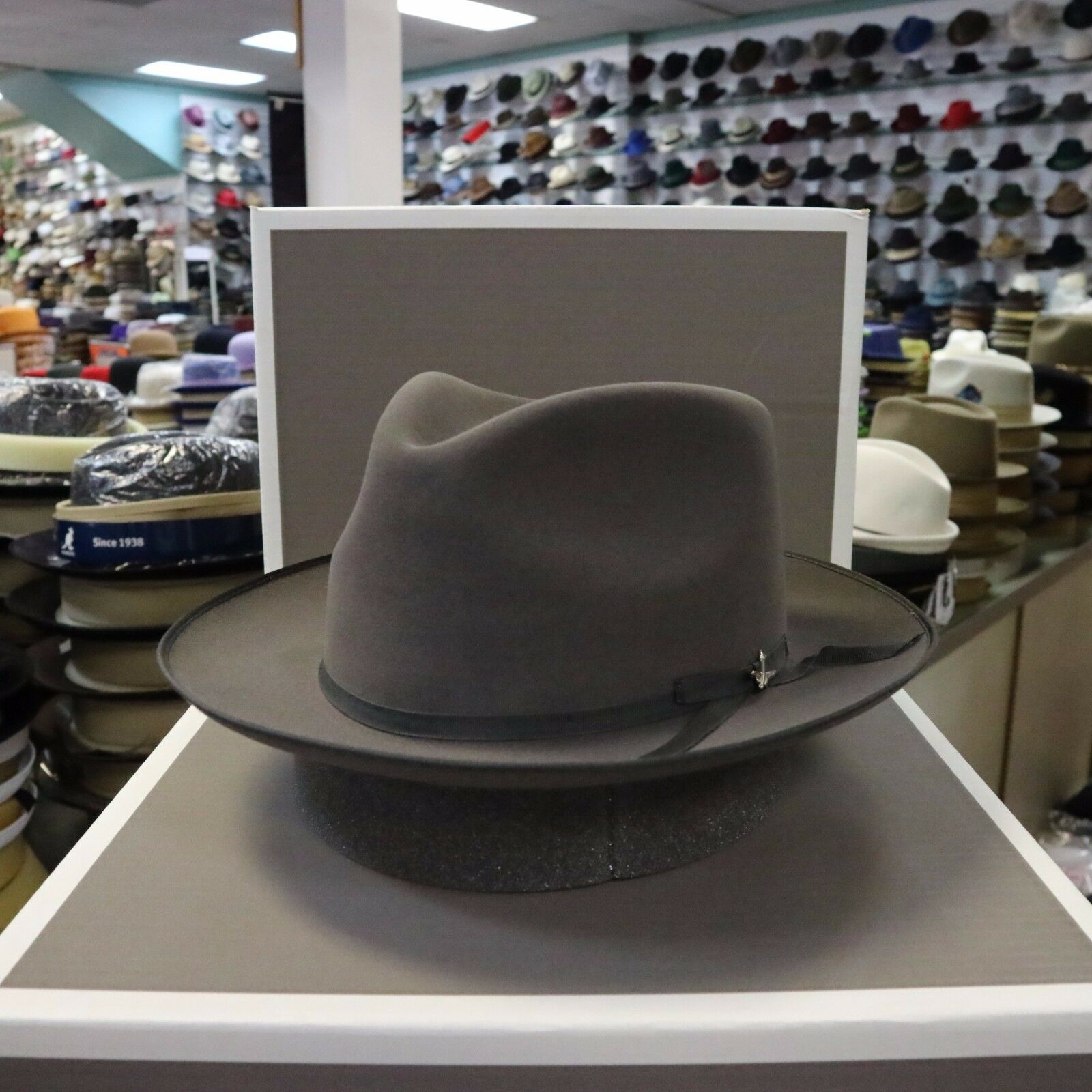 855120e08 STETSON STRATOLINER CARIBOU FUR FELT C-CROWN DRESS HAT