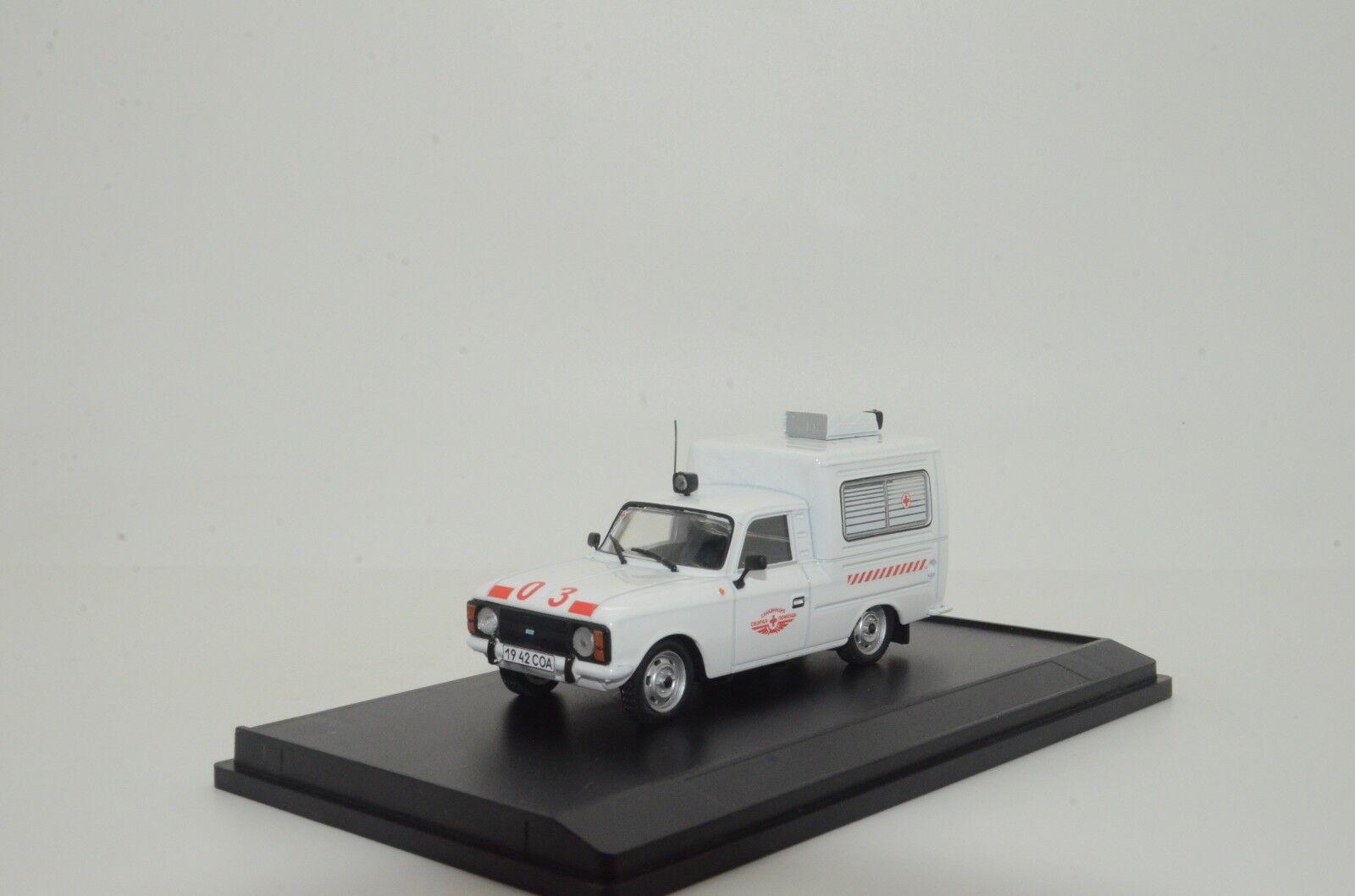 rara Moskvitch ihz 27156 Aero coche ambulancia médica Hecho a Medida 1/43
