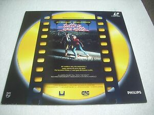 TUTTO IN UNA NOTTE - INTO THE NIGHT / IL FILM Italia laserdisc - Italia - TUTTO IN UNA NOTTE - INTO THE NIGHT / IL FILM Italia laserdisc - Italia