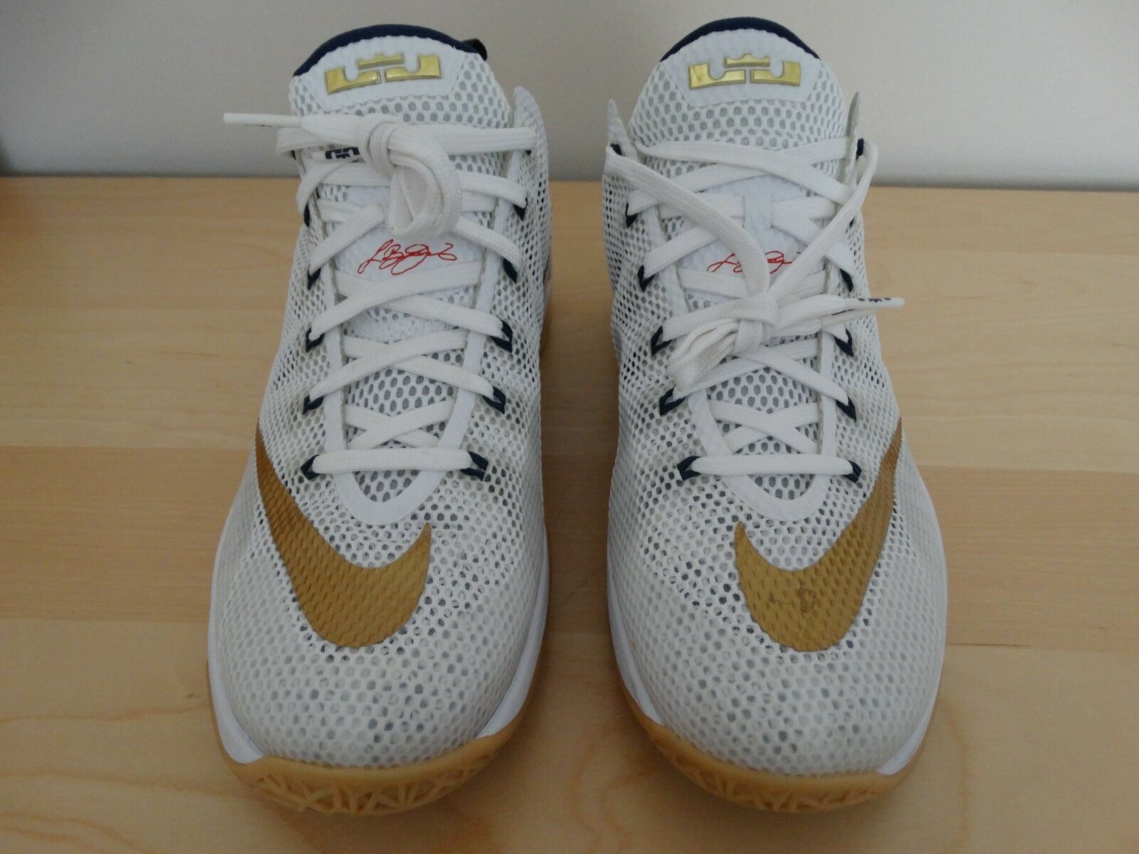 NIKE LEBRON JAMES 12 LOW OLYMPIC    WHITE SIZE 10 33ff6b