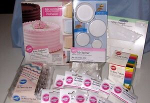 Cake Decorating Equipment Job Lot : Huge Lot of 18 Items of Wilton Cake Decorating Supplies ...