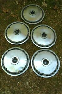 5-Antique-Vintage-Ford-Lincoln-Town-Car-Hub-Caps-Hubcaps-16