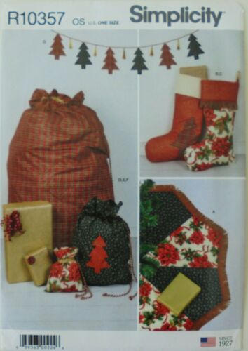 Simplicity 9039 Christmas Tree Skirt Stockings Gift Sacks Bags Sewing Pattern