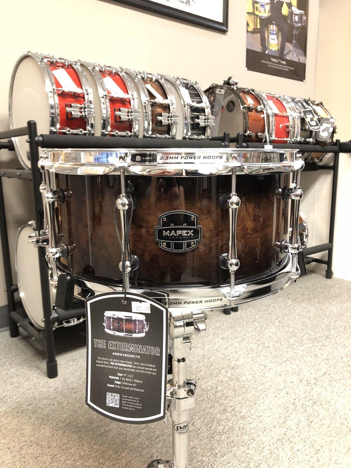 Mapex  Armory Exterminator Snare Drum Ebony Figurot Fade Gloss 14  x 6.5
