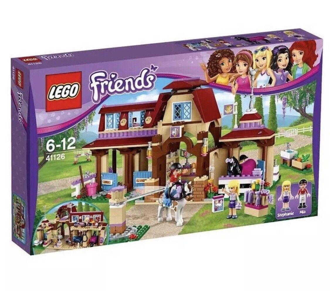 LEGO 41126 Friends Heartlake Riding Club Brand New