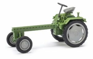 Busch-Mehlhose-210005100-Tractor-RS09-Green-With-Grey-Felg-H0-Car-Model-1-87