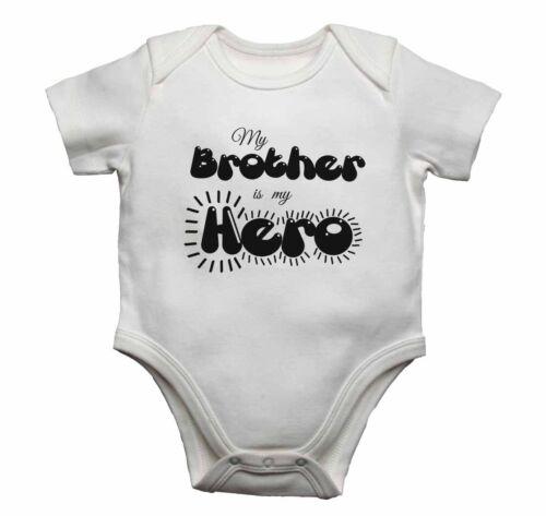 Mio fratello è il mio eroe-Baby gilet body bambino cresce Stampa Grafica