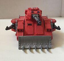 Warhameer 40k Predator Tank Painted in Blood Angel Theme