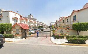 Venta de casa en Villas de Real Tecámac, calle Cádiz, Estado de México.