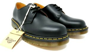 dr martens 1461 womens black smooth