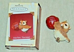 Hallmark-Keepsake-Owl-with-an-Apple-Ornament-for-Teacher