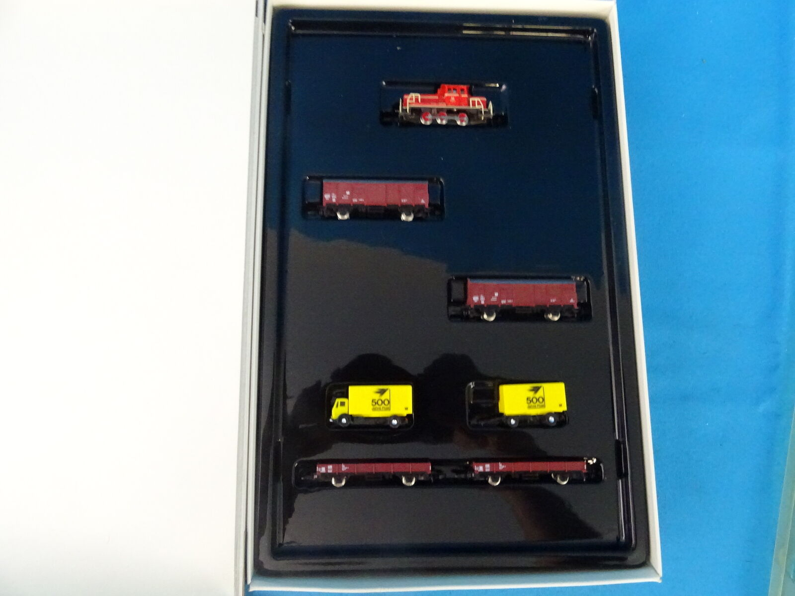 Marklin 8134 DB Train Set 500 Years POST Mini Club Z gauge