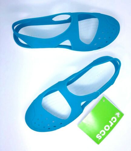 11 NEW Crocs Swiftwater Wave Sandals Electric Blue Womens size 6 8