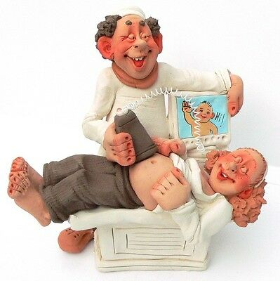 Baby Born Women Child Birth Gift MOTHER Obstetrician DOCTOR FIGURINE Boy//Girl