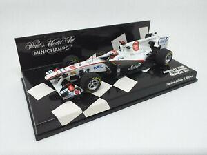 MINICHAMPS 1/43 - Sauber F1 Team - Kobayashi. Showcar 2011. Art 410110086