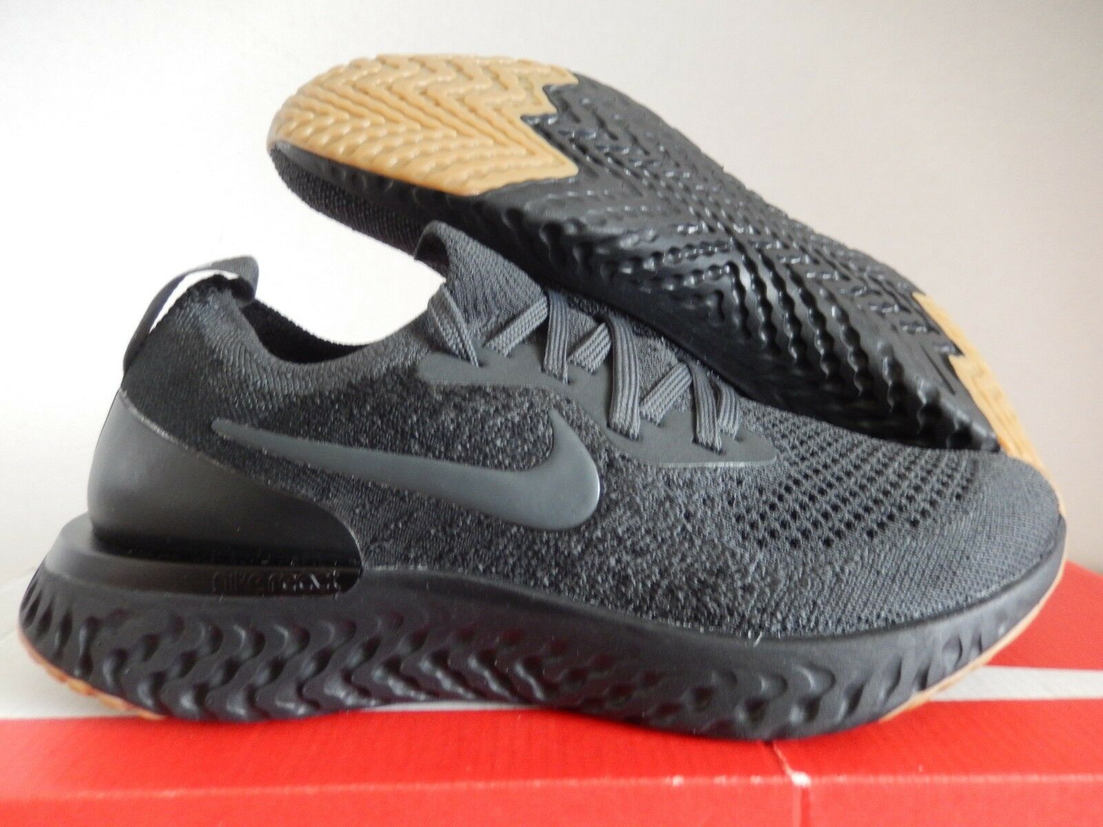 Nike ID Woman Epic React Flyknit Grey
