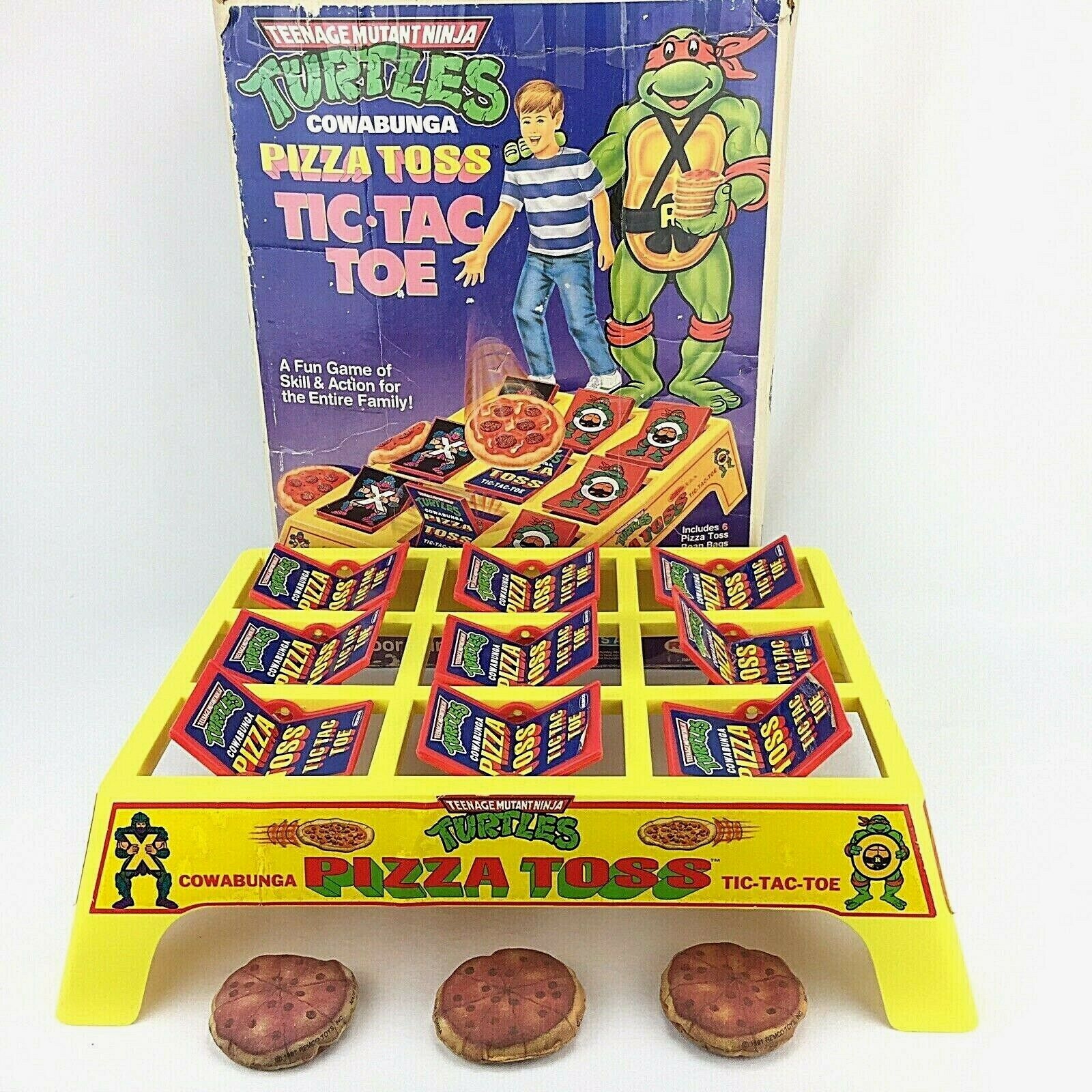 TMNT Pizza Toss Tic Tac Toe gioco Teenage Mutant Ninja Turtles with scatola 3 Pizza