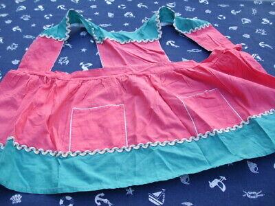Vintage Schürze Kinder Rot Grün Ca.1950-60 Angenehm Im Nachgeschmack