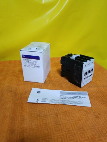 GE CL10A300M Contactor 24V 50//60Hz Coil 3 Pole New