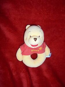 Doudou-Disney-Baby-Hochet-Grelot-Winnie-Jaune-Pull-Rouge-14-Cm