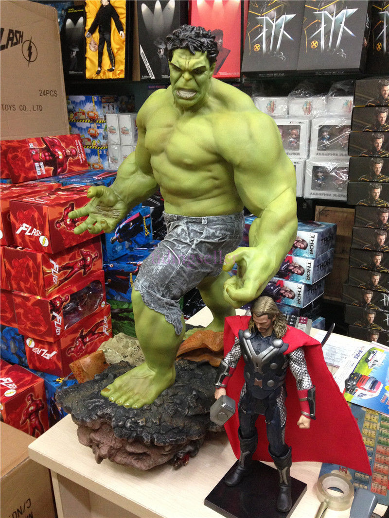 Super Giant Size Marvel The Hulk Green Giant Figure Statue 25  1 4 Scale New