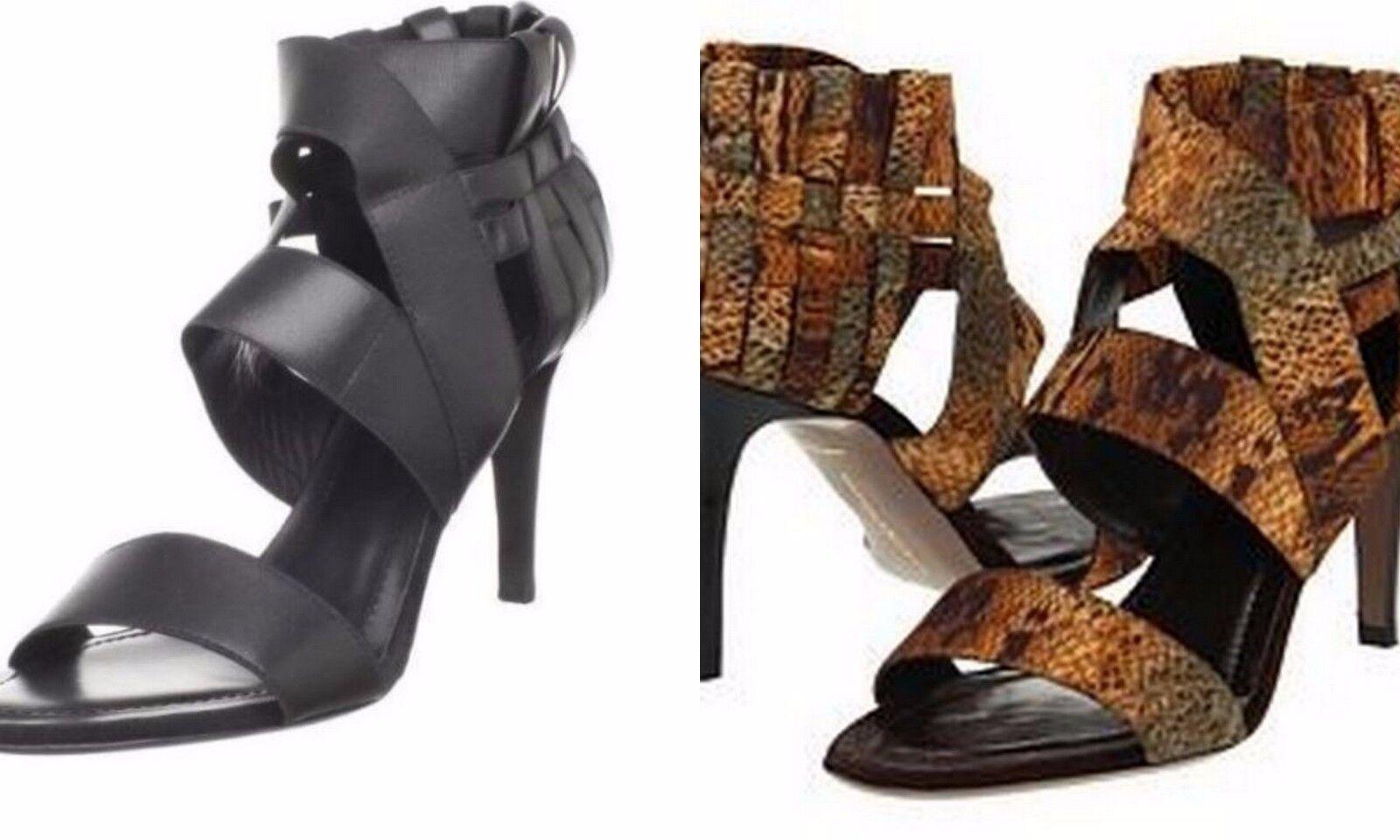 mujer Karan, Nueva York, Gela negra, tobillos, sandalias.