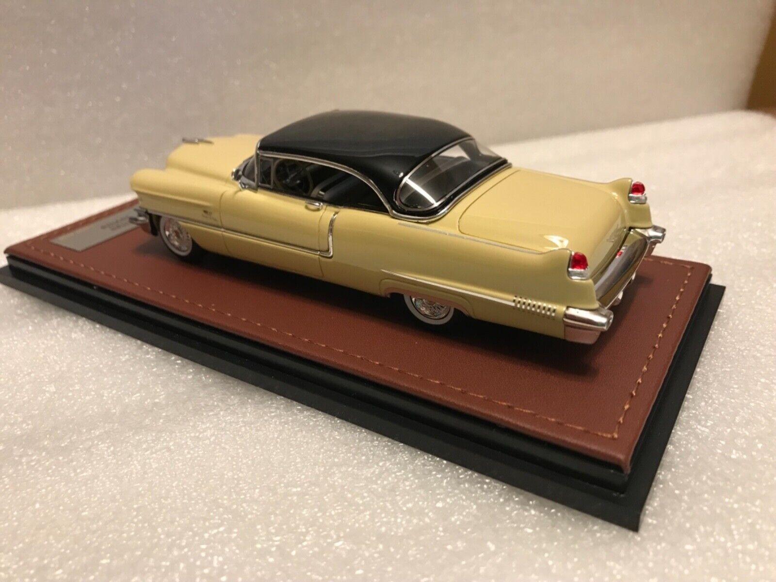 1956 Cadillac coupe de Ville 1   43 GLM resina New Brooklyn diosa oroen   negro, Ltd.