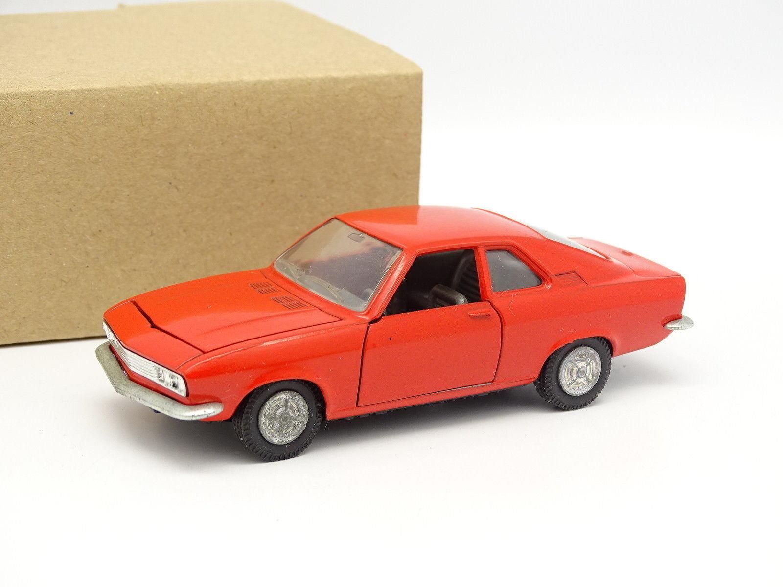 Pilen 1 43 - Opel Manta Rouge