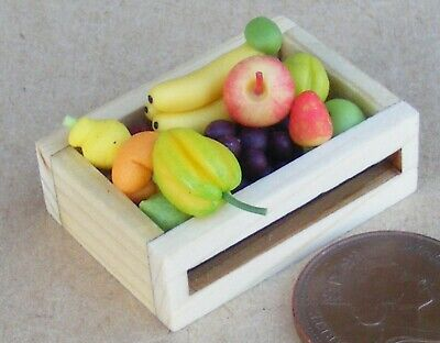 1:12 Scale Mixed Fruit Selection In A Wooden Box Tumdee Dolls House Food F2