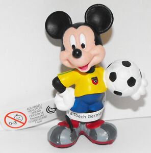 Mickey-Mouse-yellow-Playng-Soccer-2-inch-Plastic-Figure-DMMF109